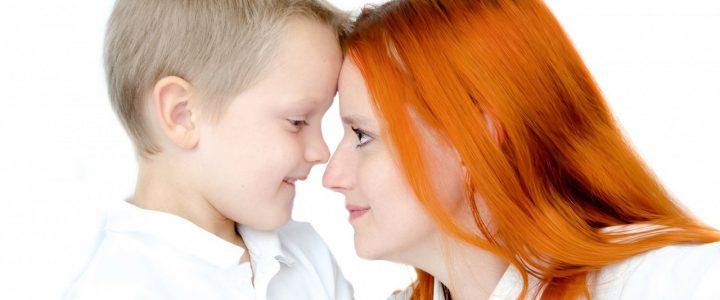 Pourquoi l'enfant est toujours plus « difficile » avec maman ?
