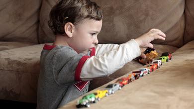 Les intérêts restreints et les jeux inappropriés des autistes?